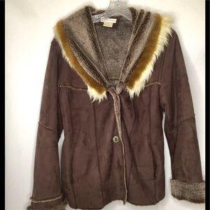 Dressban | Wool Jacket with Faux Fur Collar